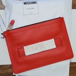 🎉HP!🎉 🔥Moschino- Leather Logo Pouch wristlet🔥